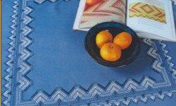 Reststücke: Stoffe für Gerstenkornstickerei