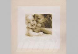 Stickpackung: Baby kuscheln
