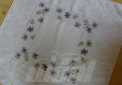 Mitteldecke gestickt: Blumen 4